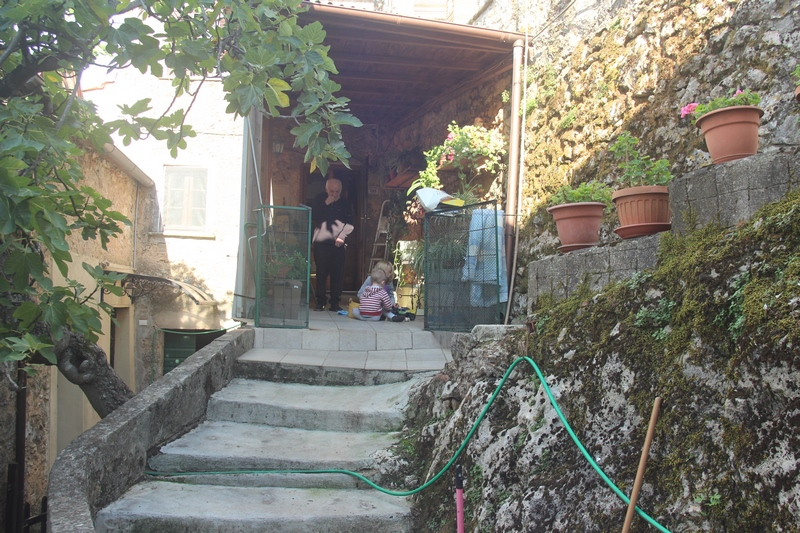 Casa in borgo vicino La Culla