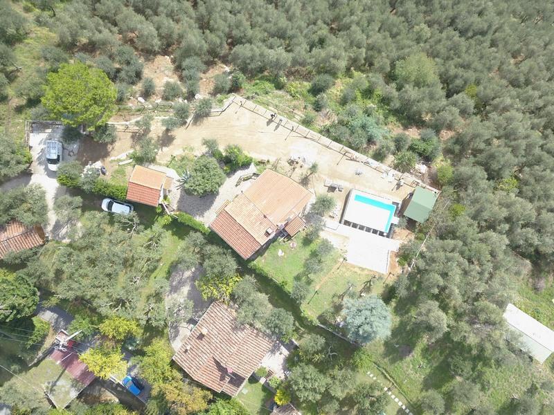 Landhaus mit Gästehaus und Pool bei Camaiore